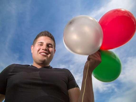 0706-balloon-man-video