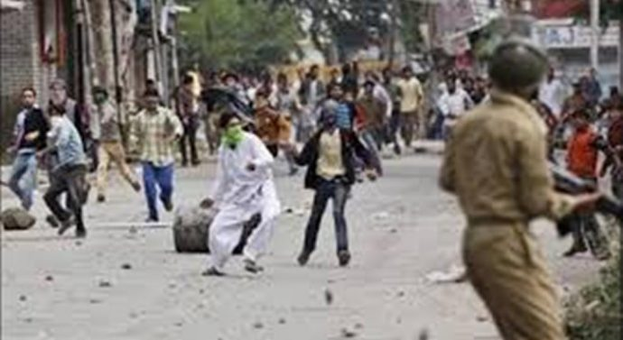 kashmir-violence-690x377