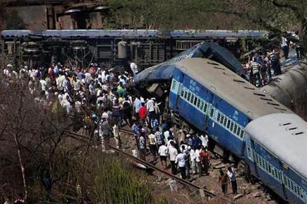 india-derail